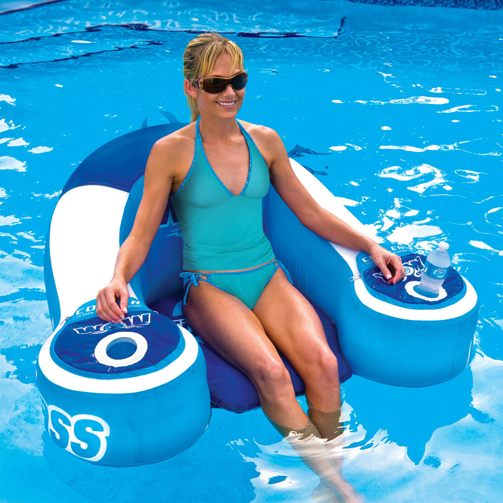 The Drink Cooling Pool Lounger 3
