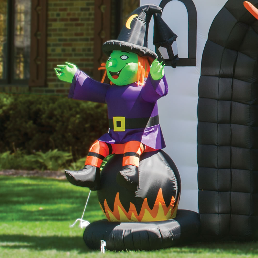 The Inflatable Howling Haunted House 4