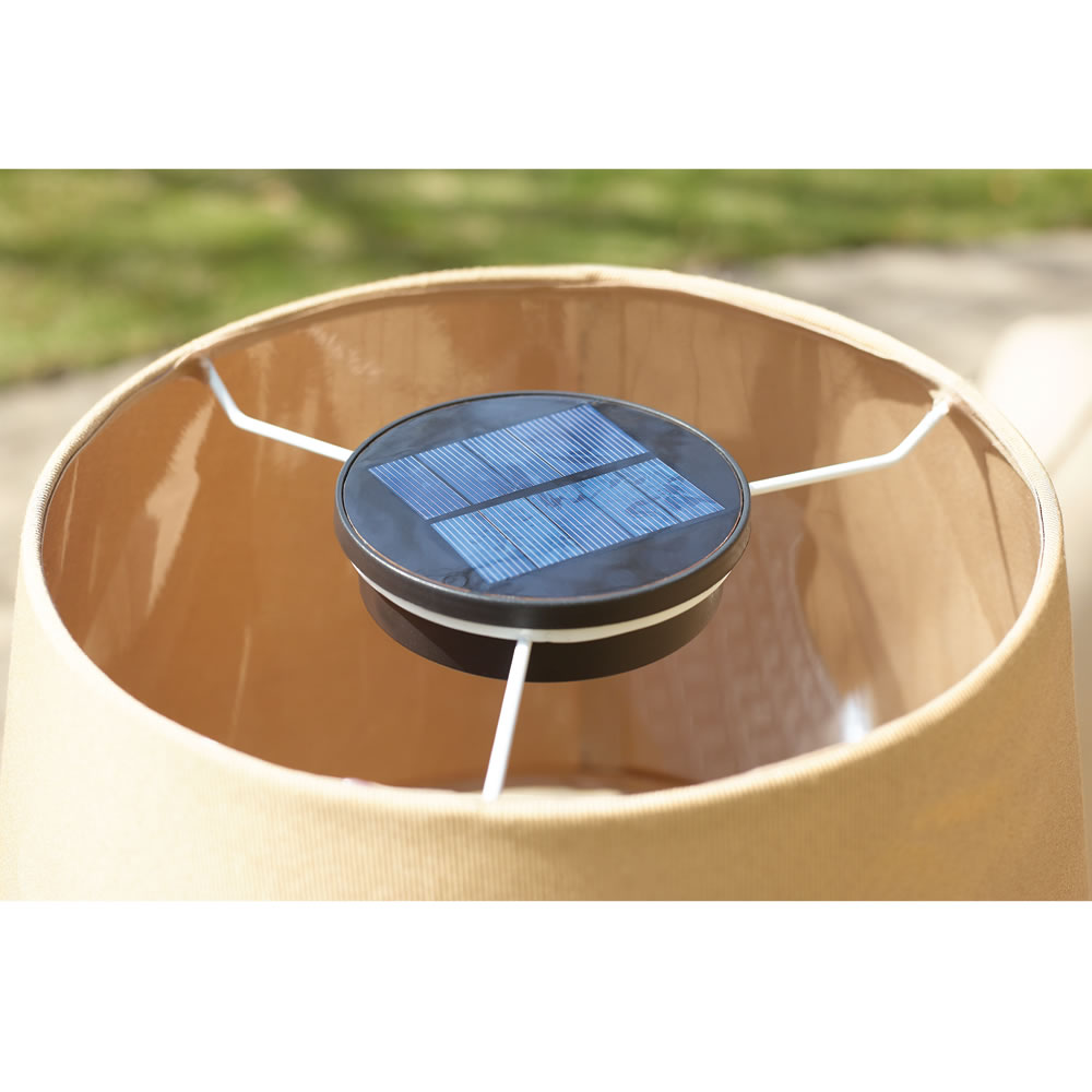 The Solar Powered Patio Table Lamp 2