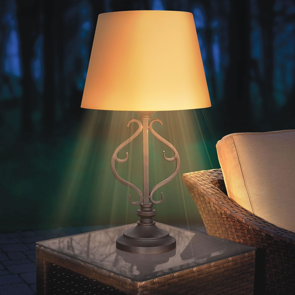 The Solar Powered Patio Table Lamp 4