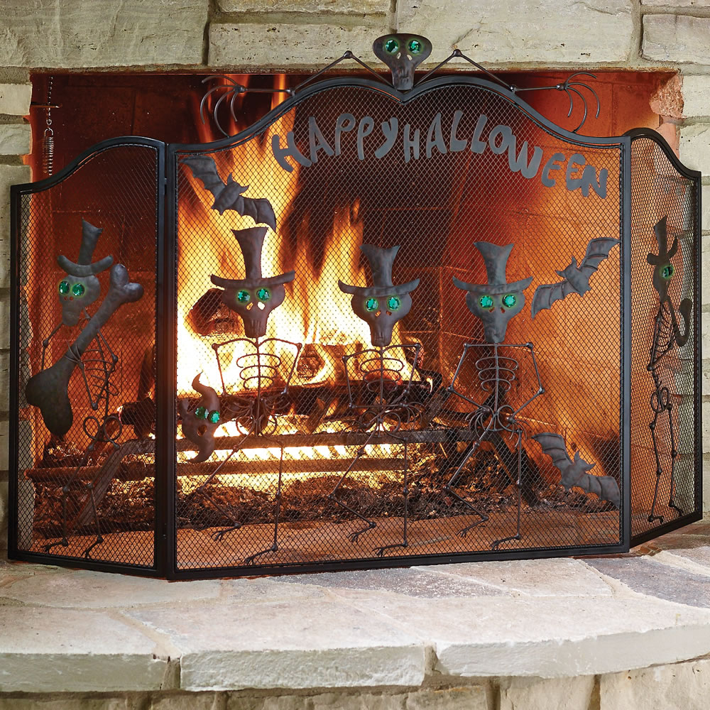 The Halloween Fireplace Screen 3