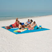 The Only Six-Person Sandless Beach Mat.