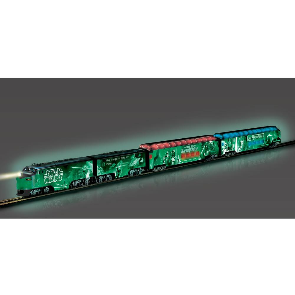 The Luminescent Star Wars Train3
