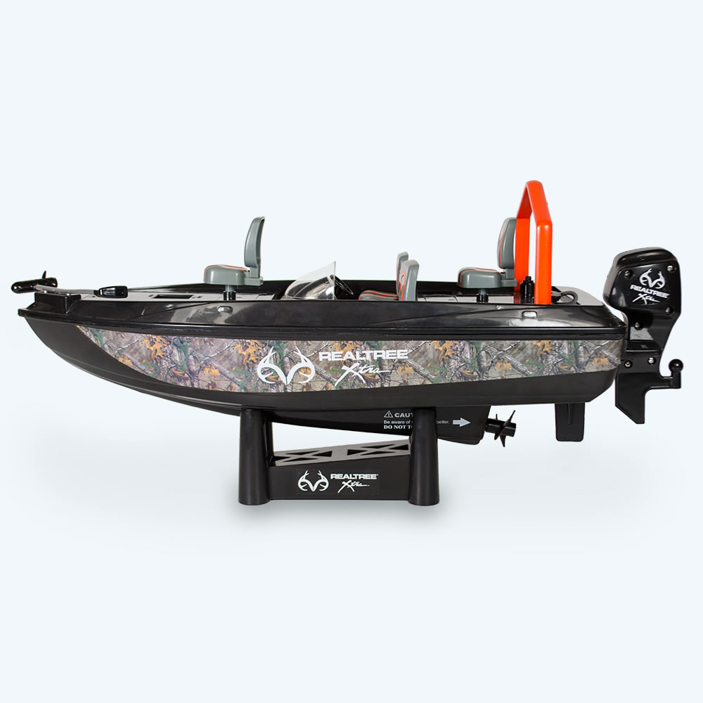 the fish catching rc boat hammacher schlemmer