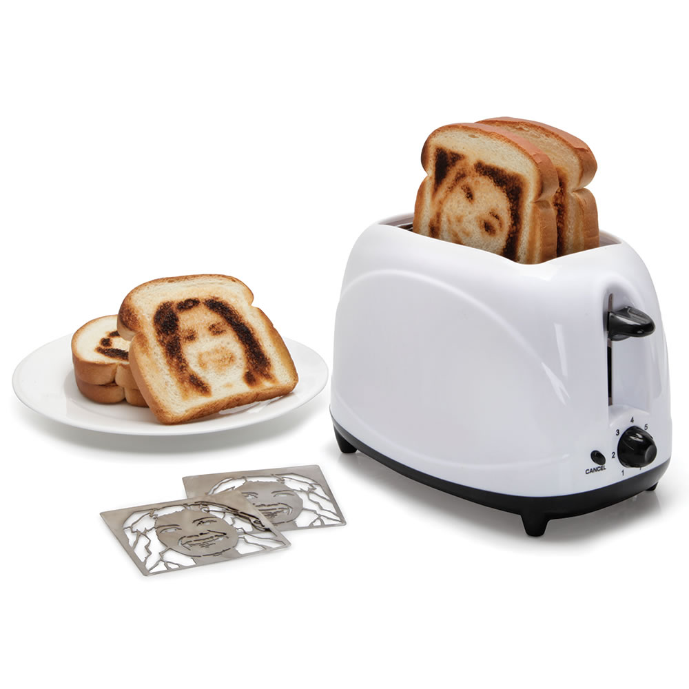 The Selfie Toaster 1