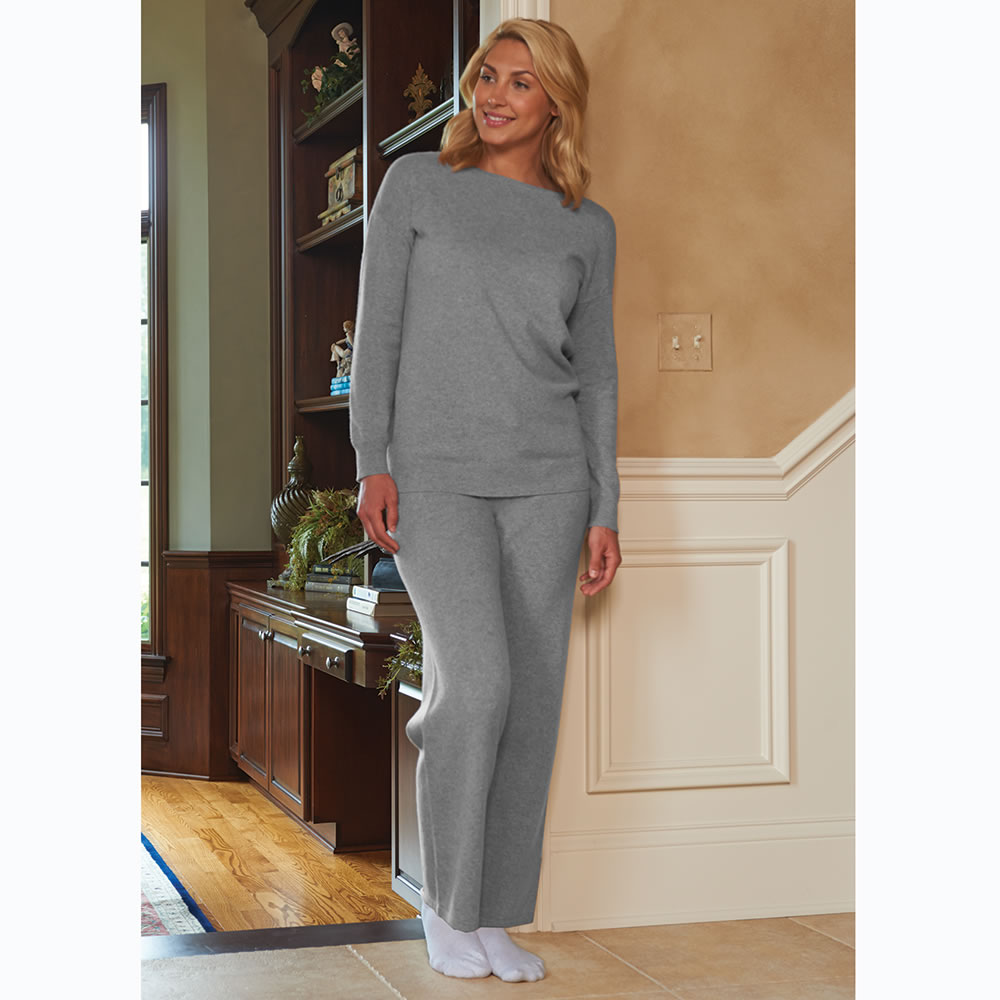 The Lady's Washable Cashmere Lounge Top 2