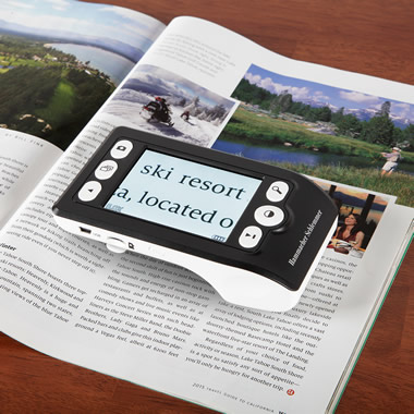 The Text Stabilizing Digital Magnifier