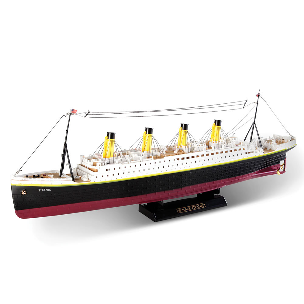 The Unsinkable Remote Controlled RMS Titanic 1