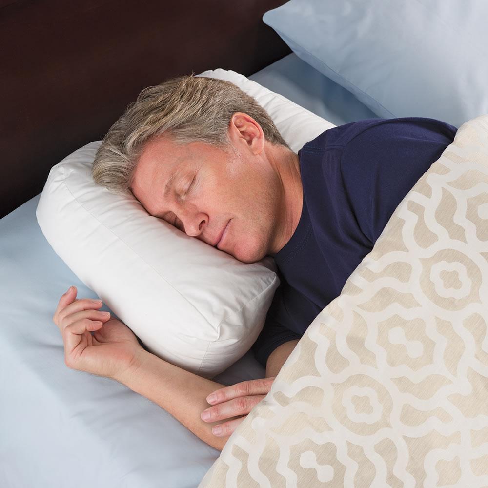 The Side Sleeper's Ergonomic Pillow 2