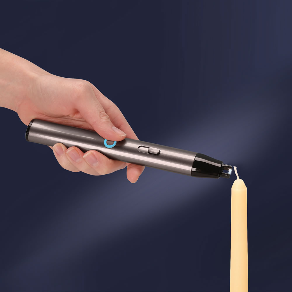 The Only Flameless Candle Lighter1
