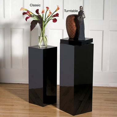 The 30 Inch Classic Display Pedestal.