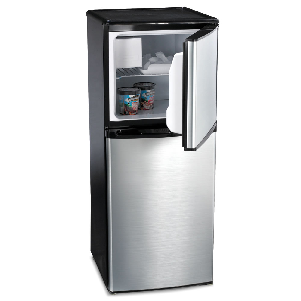 The Only Compact Refrigerator With Ice Maker Hammacher