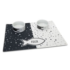 The Personalized Pet Bowls And Mat Set