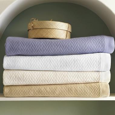 The Easy Care Mercerized Cotton King Blanket.