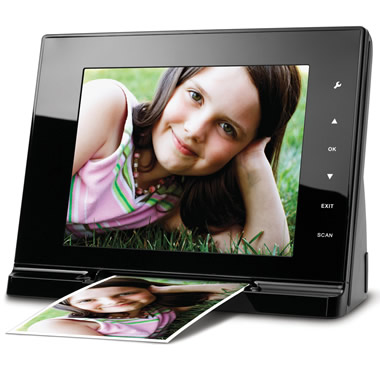 The Picture Scanning Digital Photo Frame