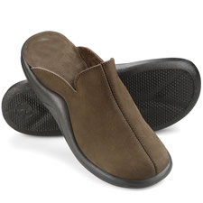 The Gentleman's Walk On Air Indoor/Outdoor Slippers