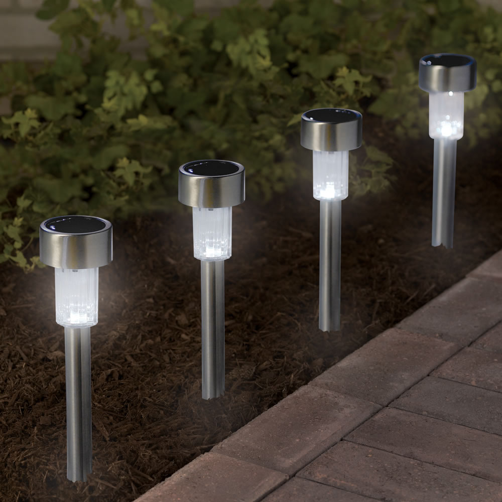 The Color Changing Solar Walkway Lights