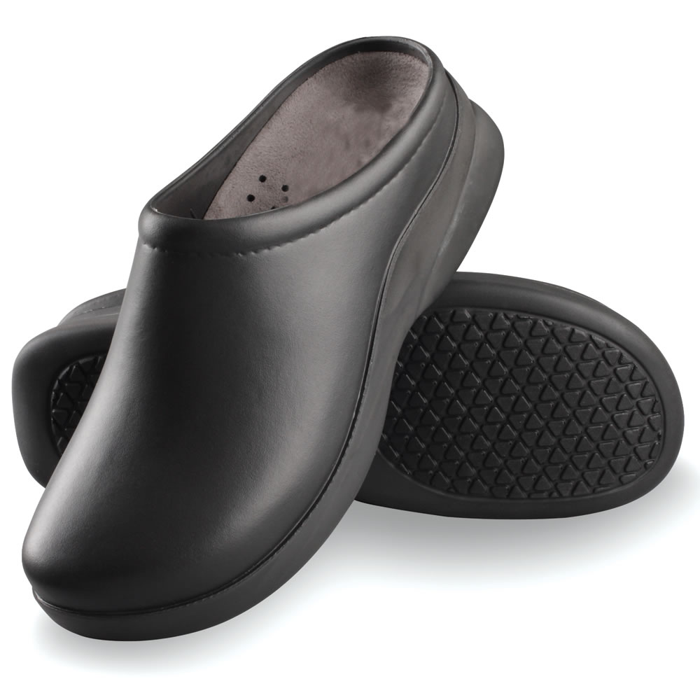 The Professional Chef S Clogs Men S Hammacher Schlemmer