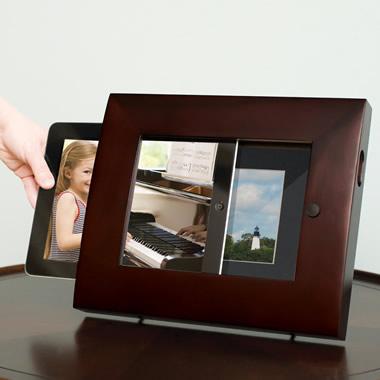 The iPad2 Photograph Frame.