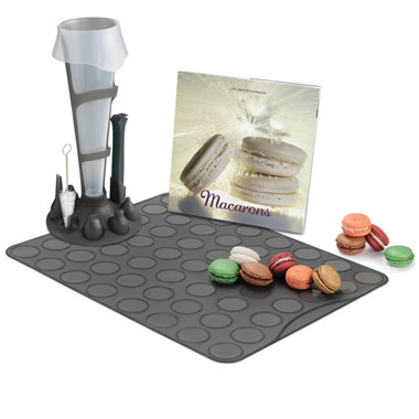 The Patisserier's Macaron Making Set
