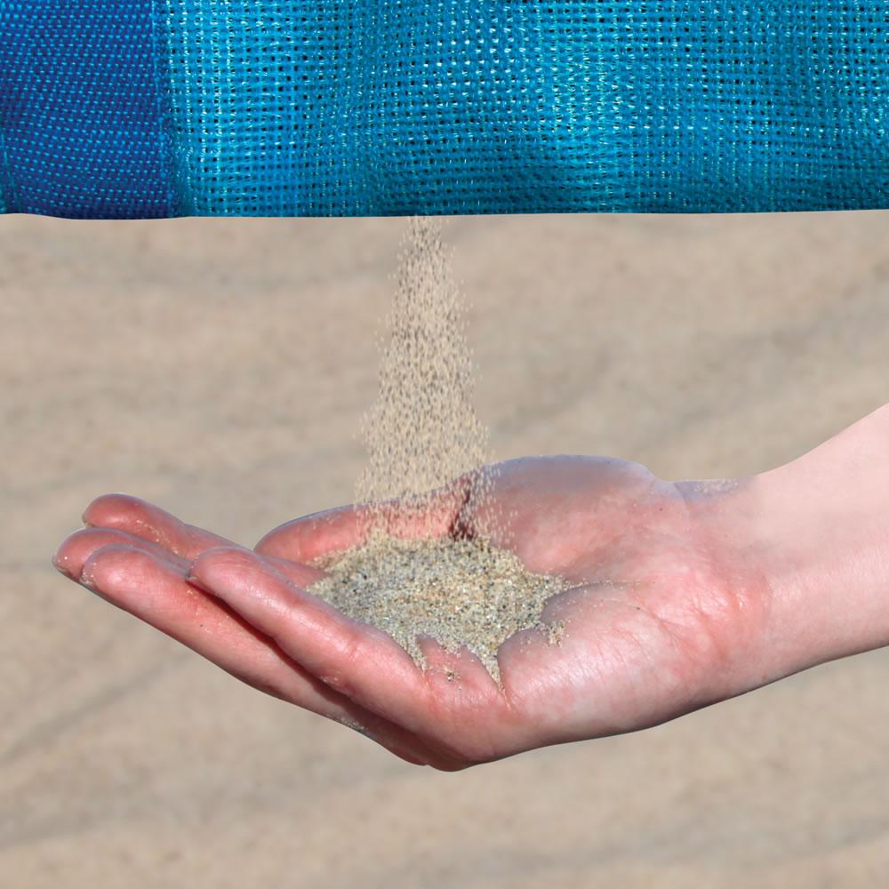 4b1fa08528 The Sandless Beach Tote - Hammacher Schlemmer