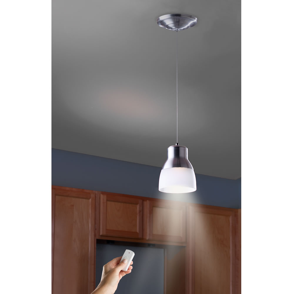 The Battery Powered Led Pendant Light Hammacher Schlemmer