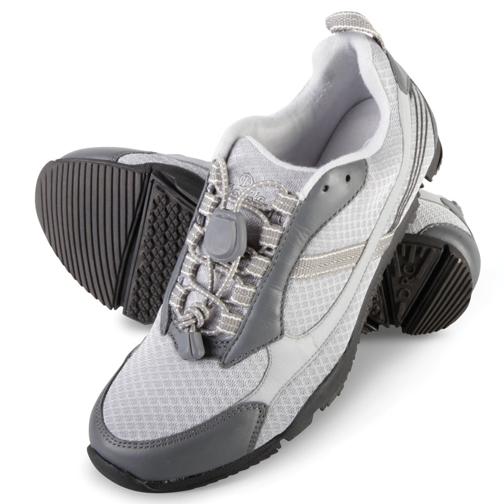 The Lady S Knee Pain Relieving Walking Shoes Hammacher