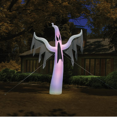 The 15' Inflatable Apparition