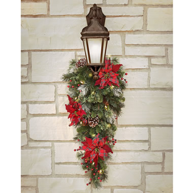 The Cordless Prelit Scottish Holiday Trim (Teardrop Sconce).