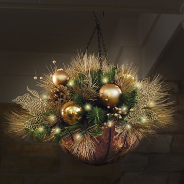 The St. John's Wood Golden Cordless Holiday Trim (Hanging Basket)