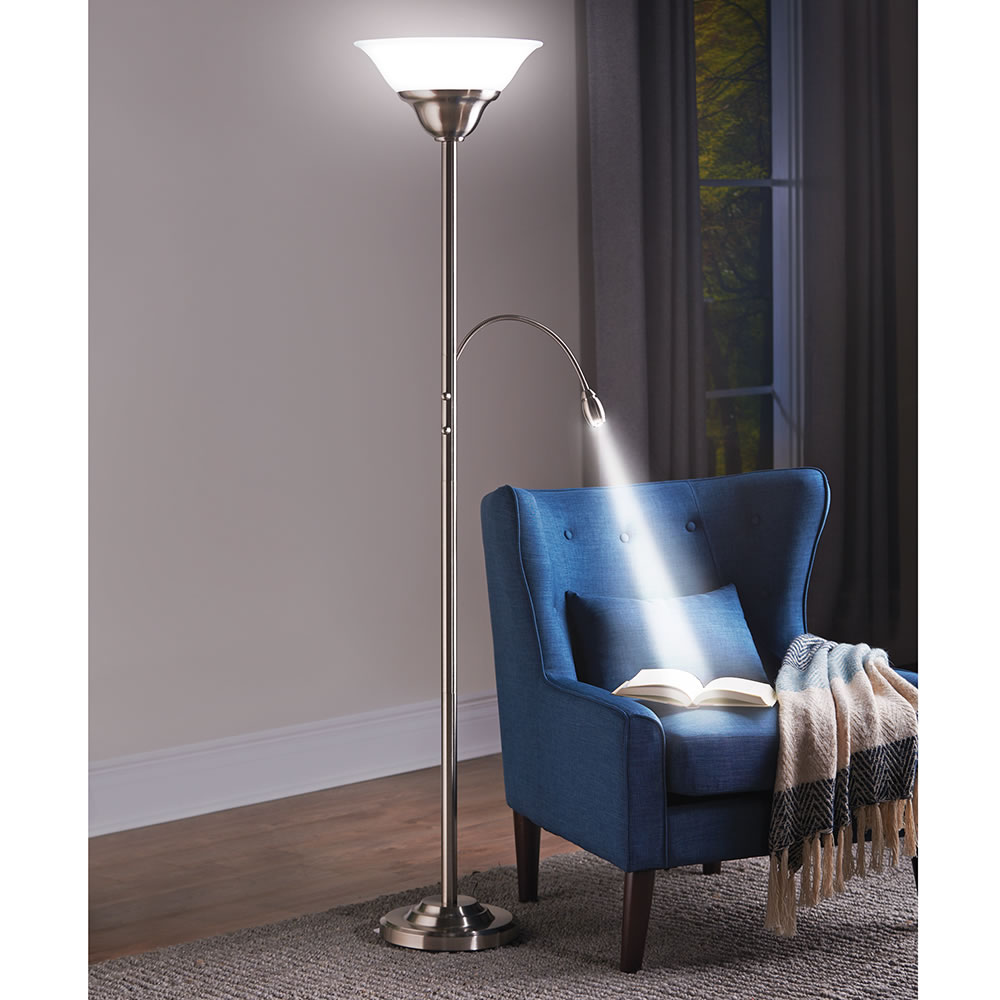 Zooming Natural Light Floor Lamp