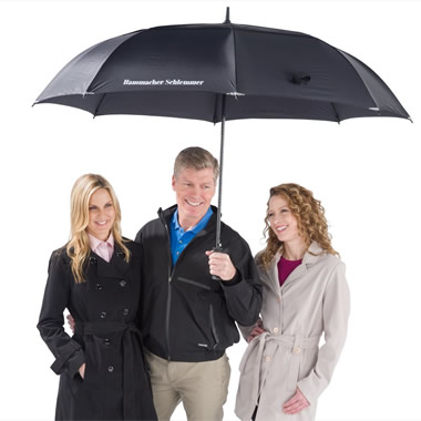 The Complete Coverage Umbrella - Keeps 3 adults dry
