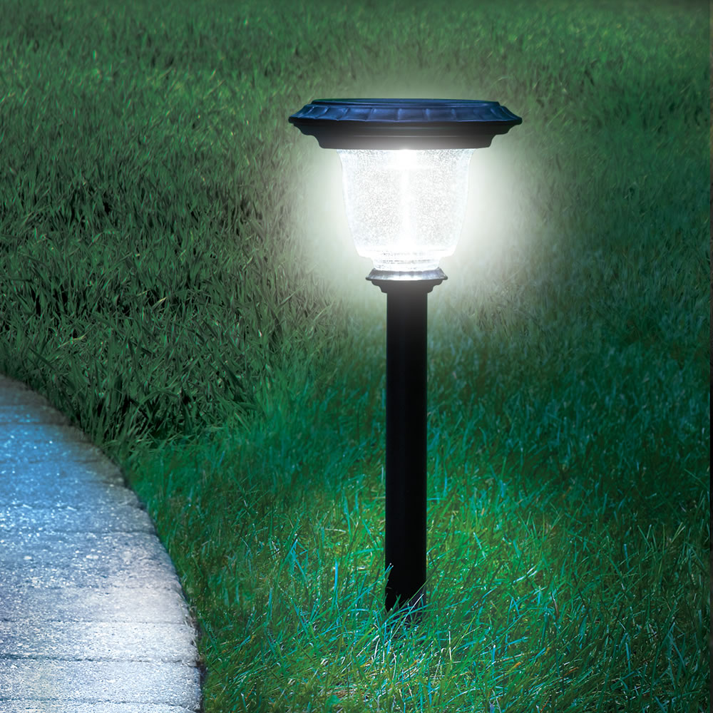 Solar Landscape Lights Outdoor: The Best Solar Walkway Light