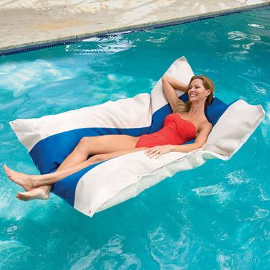 Floating Pool Cloud Blue