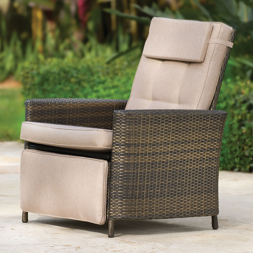 the weatherproof outdoor recliner hammacher schlemmer