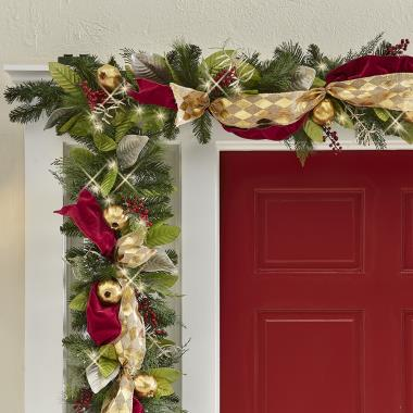 The Cordless Prelit Regal Ribbon Garland