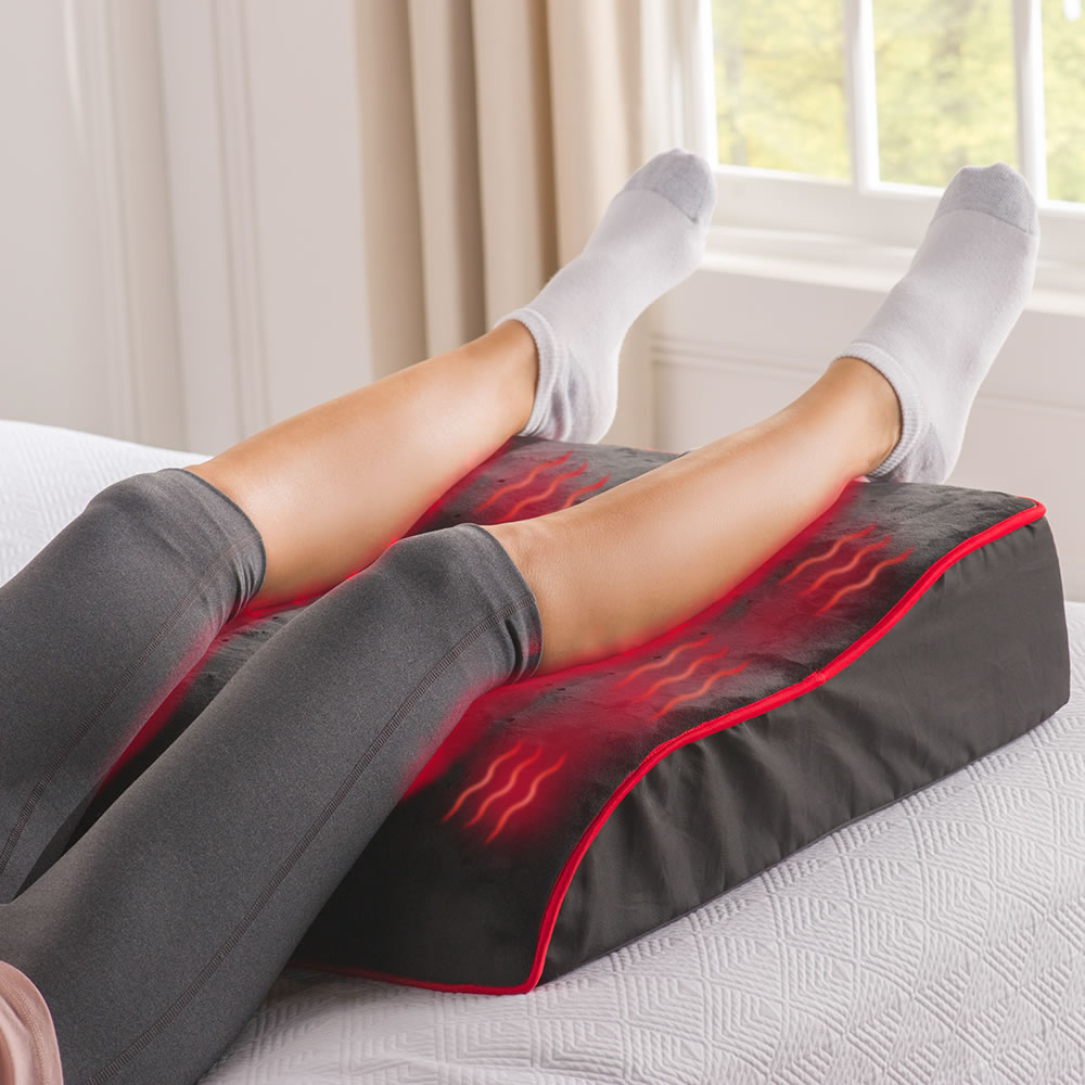 The Pain Relieving Led Leg Rest Hammacher Schlemmer
