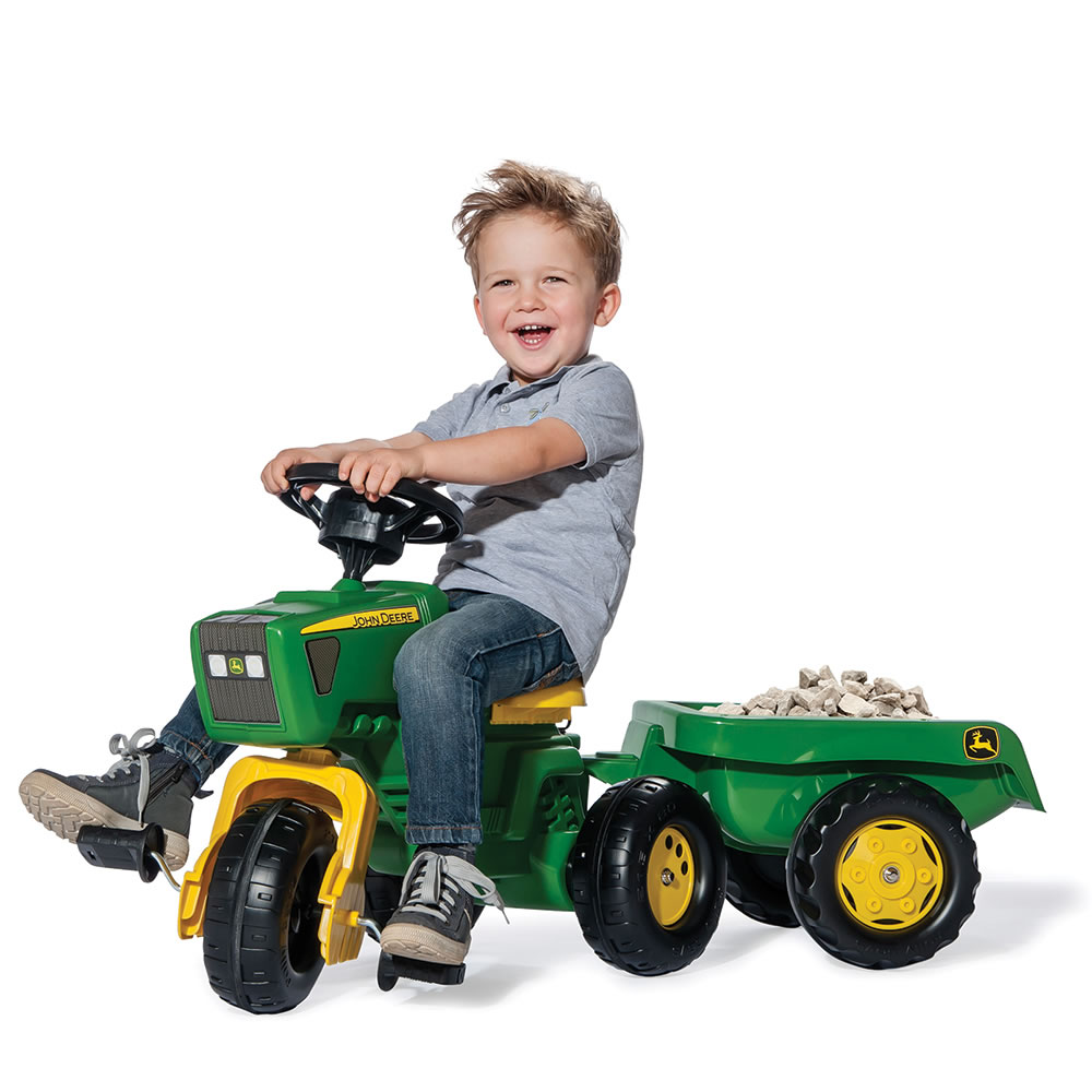 John Deere Ride On Toys >> The John Deere Pedal Tractor And Trailer