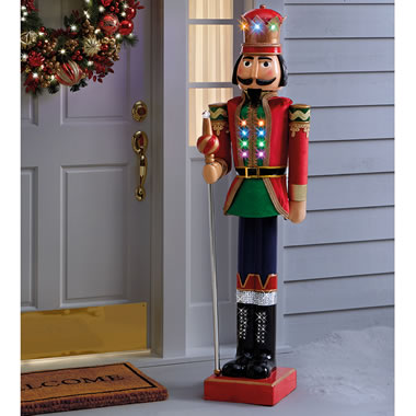 5 Foot Light And Sound Nutcracker       93Whse