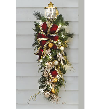 The Cordless Prelit Crimson And Gold Holiday Trim (Teardrop Sconce)