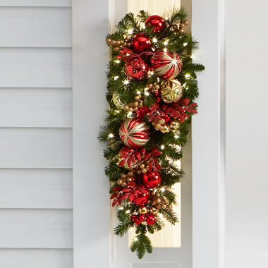 The Cordless Prelit Kensington Holiday Trim (Teardrop Sconce)