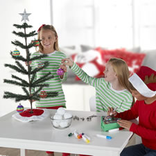 The Spinning Ornament Decorator