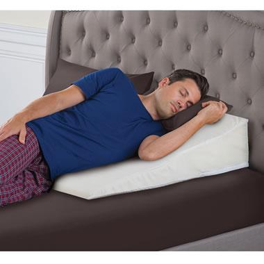 The Side Sleeper S Bed Wedge Hammacher Schlemmer