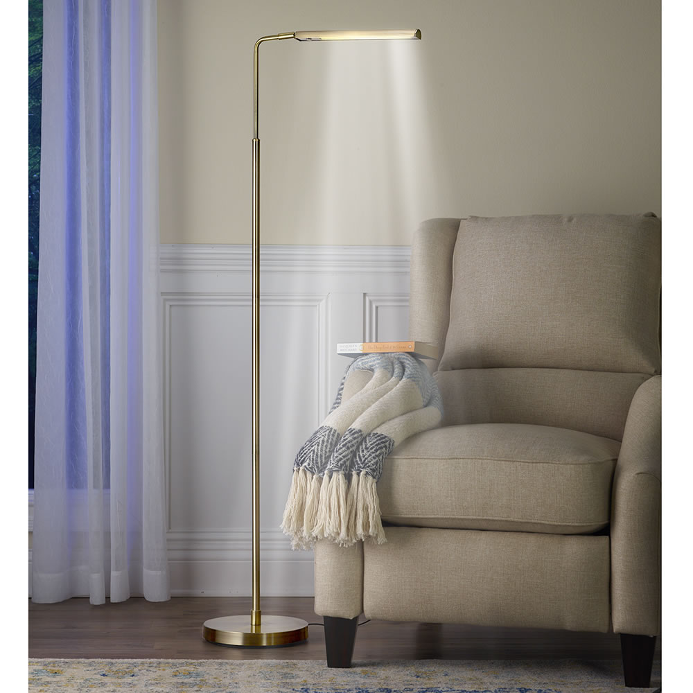 The Swivel Gallery Floor Lamp Hammacher Schlemmer