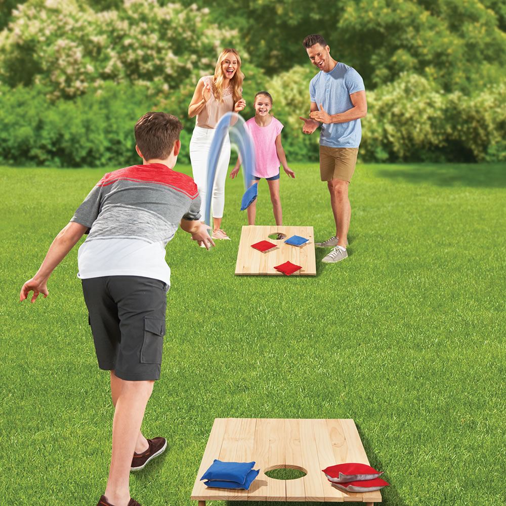 The Foldaway Bag Toss