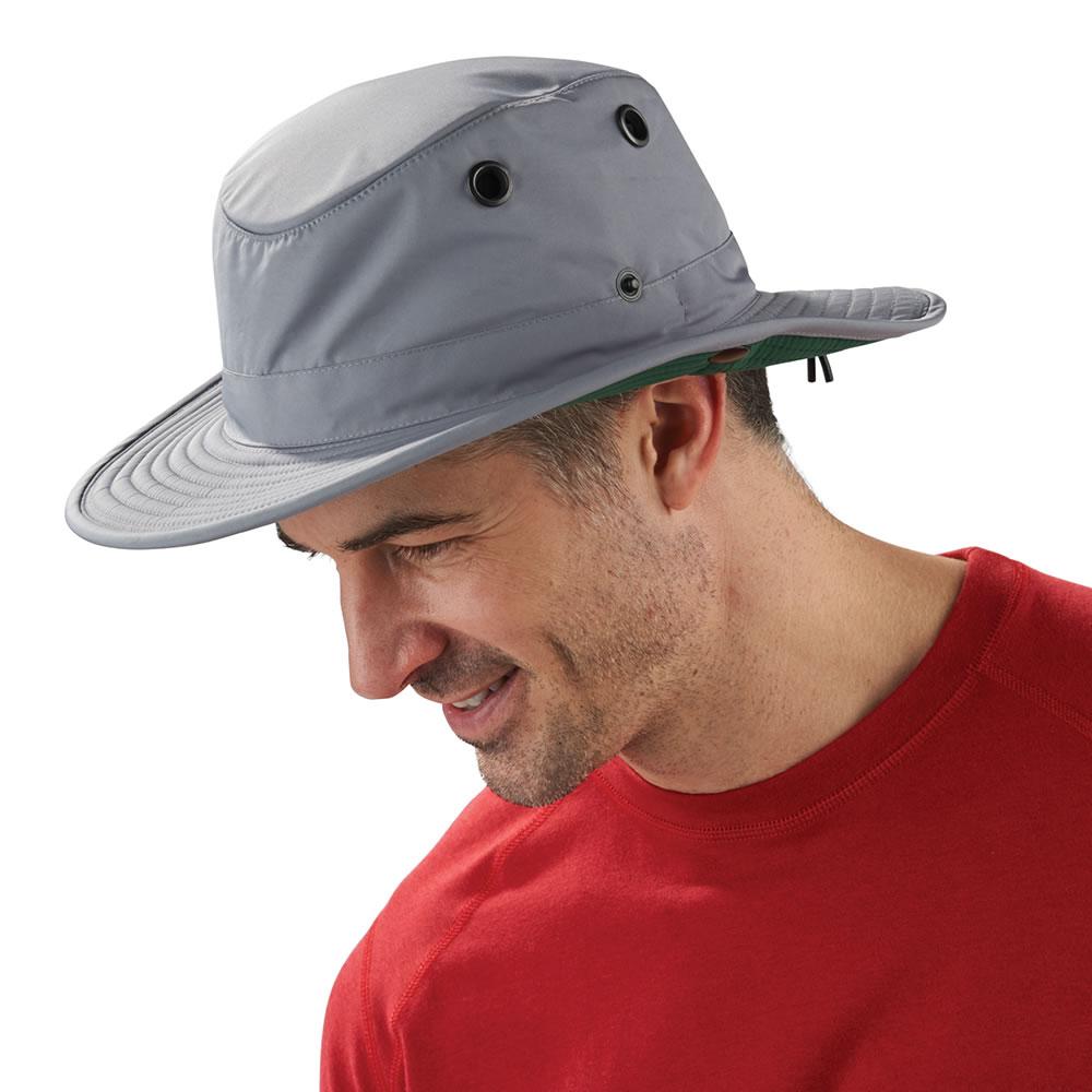 1c32e4b434513 The Temperature Regulating Comfort Hat - Hammacher Schlemmer