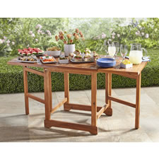 The Expandable Outdoor Table
