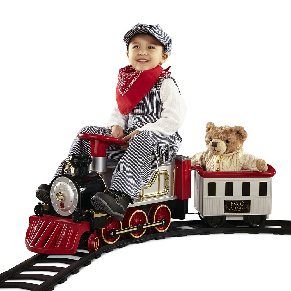 The Fao Schwarz Ride On Train Hammacher Schlemmer