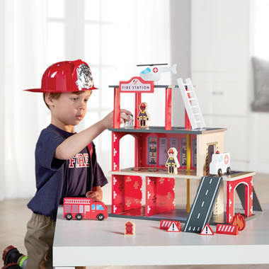 The FAO Schwarz Wooden Fire Station