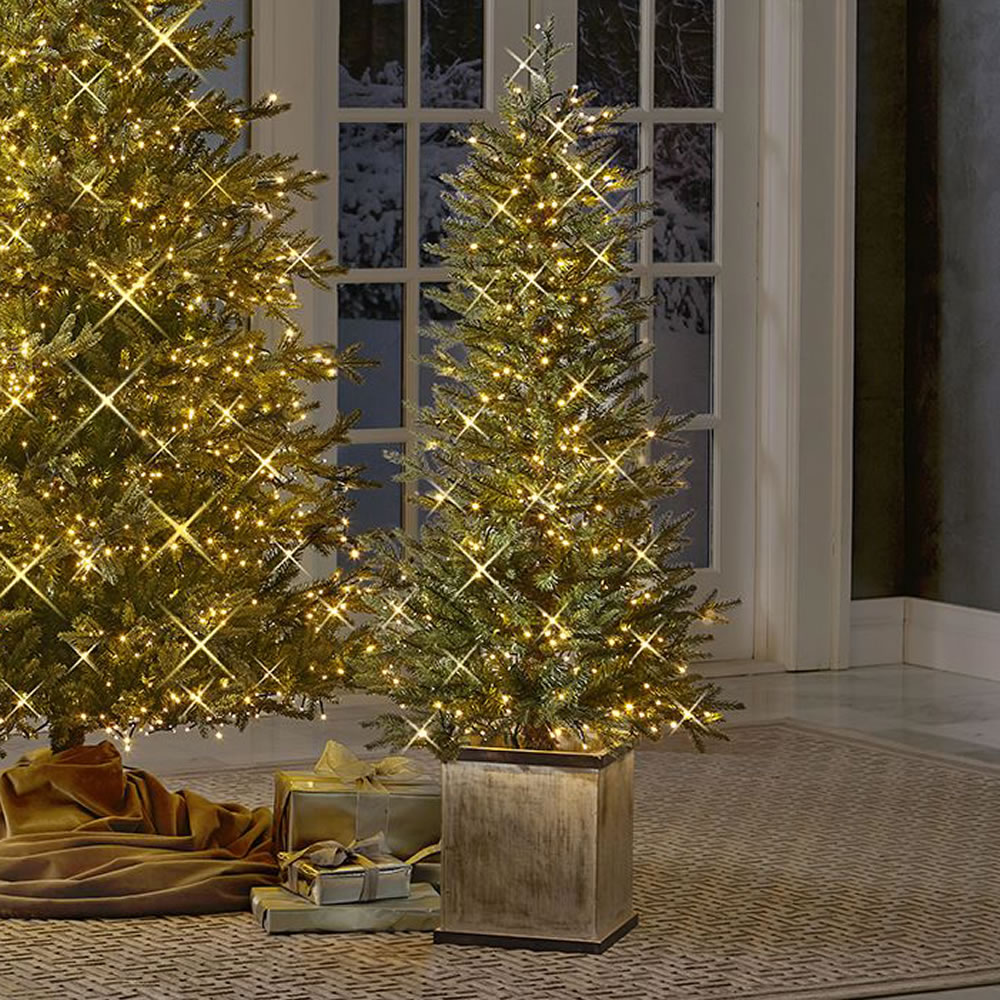 discount sale 3ebba 94f8f The Micro Light Potted Tree (4.5')